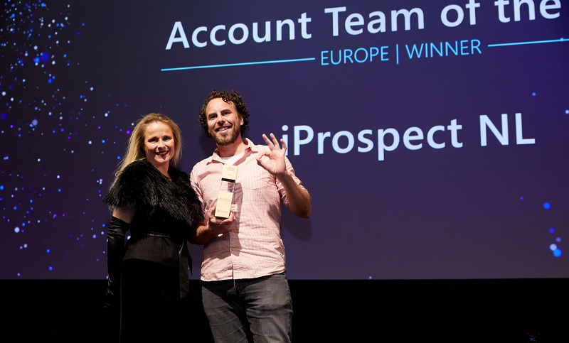 iProspect Netherlands accepting their award