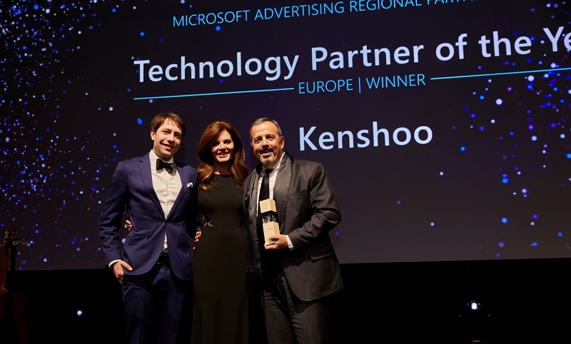 Kenshoo accepting their award