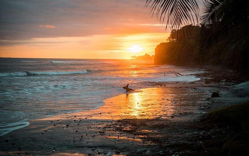 A sunset off the coast of Nayarit, Mexico. Photo by Alvaro Rojas.